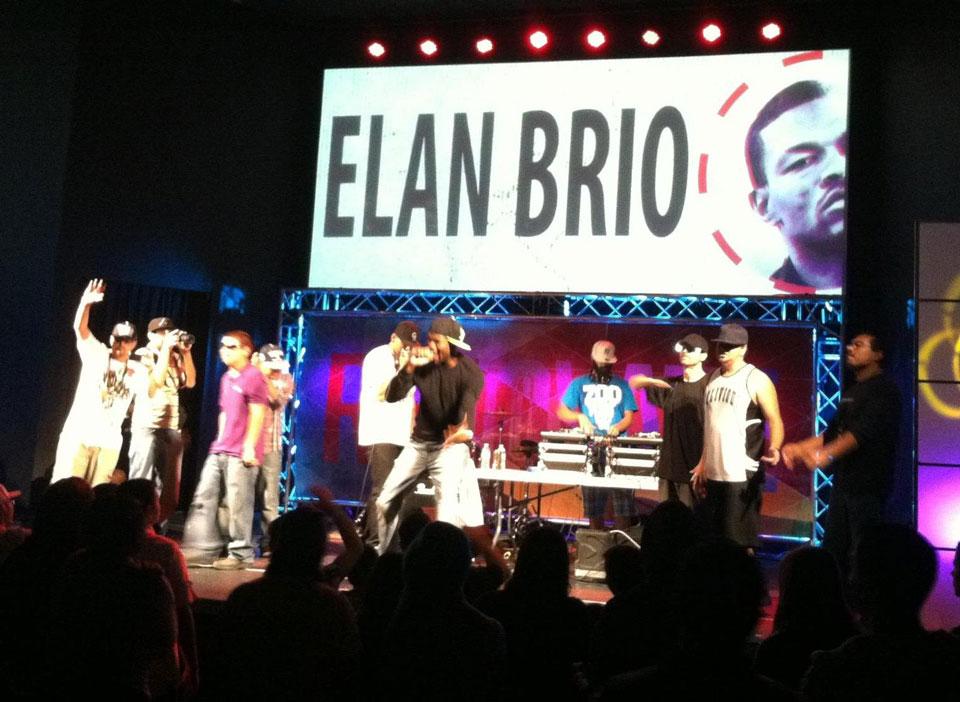 elan-brio-live